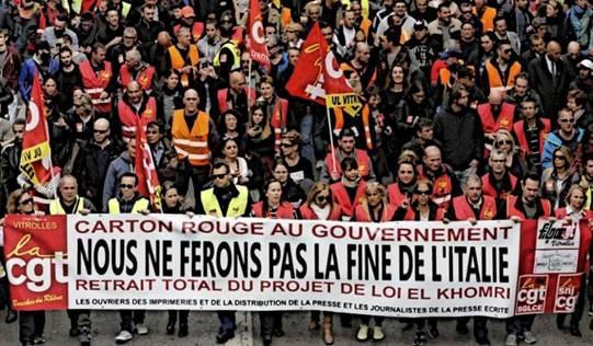 USB in piazza a sostegno della lotta dei lavoratori francesi